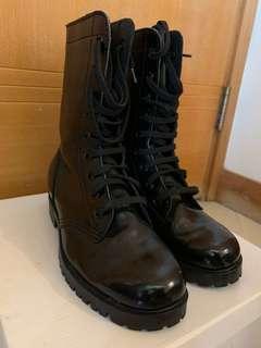 近新步操鞋