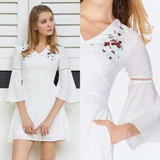 🚚 TCL evalia floral embroidery dress