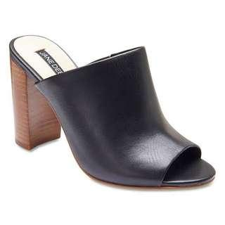 Jane Debster Black Mules Heels AU Size 6