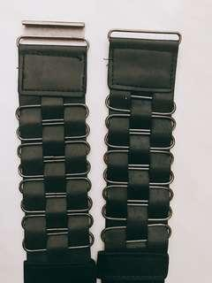 black stretchable belt