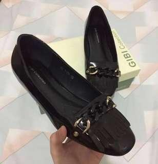 Gibi comfy black shoes