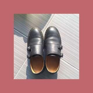 DR MARTENS SHOES FOR WOMAN👞