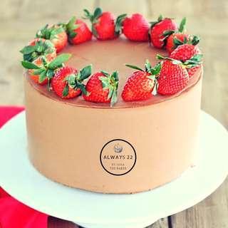 🚚 Cake - 'Lola's Originals - Strawnella Choc Cake'