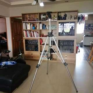 Manfrotto  Huge Tripod (Height more than 2 meter)