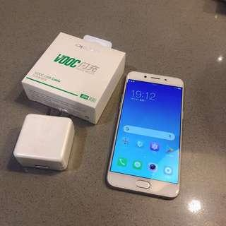 OPPO R9s 64g good functionality Kaohsiung meet with original charger