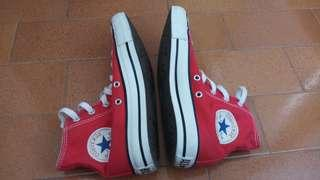 All star converse shoes size 6.5 Us
