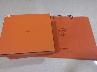 🚚 Hermes Box with paper bag