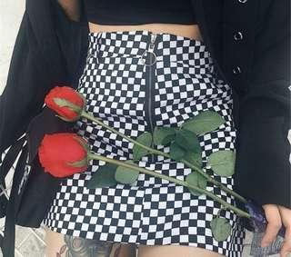 Checkered a line zip skirt