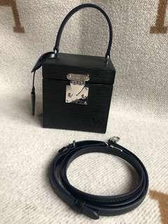 Louis Vuitton bleeckerbox bag