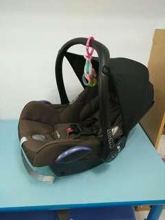 Maxi cosi Cabriofix提籃式安全座椅