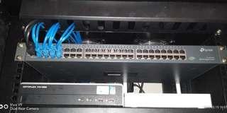 Tp-Link 48 port Gigabit switch