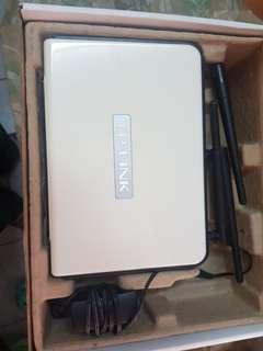 TP-LINK 300Mbps 無線N路由器