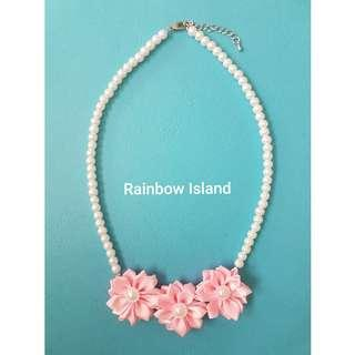 Sweet Pink Flower Pearl Necklace