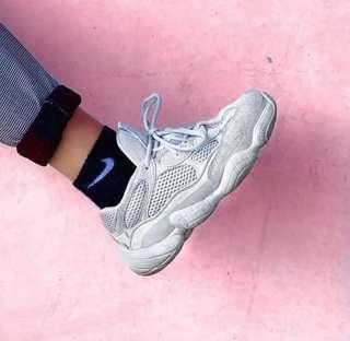 🚚 Adidas Yeezy 500 Salt