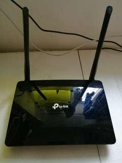 4g router TP Link MR400
