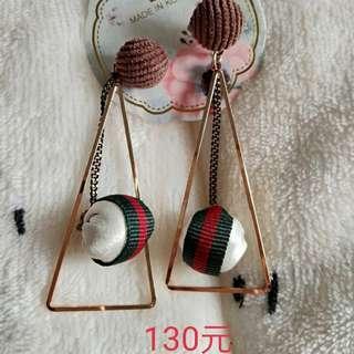 耳環130元/對