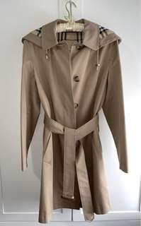 Burberry Trench Coat woman