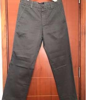 🚚 Levi's Dockers 33x30 軍綠色体閒褲