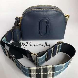 AUTHENTIC MARC JACOBS CAMERA SLING BAG