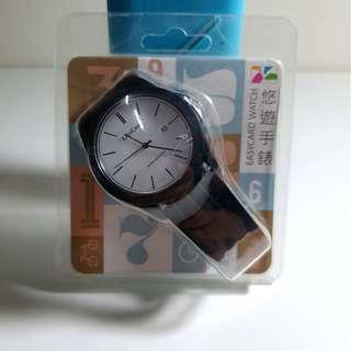 【舊愛好物 二手市集】【全新】悠遊卡手錶 經典黑款 ,是悠遊卡也是手錶,錶面就能感應扣款/7-11超商捷運公車火車可用