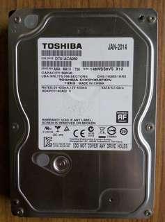 全正常使用3.5寸 SATA HDD 3個