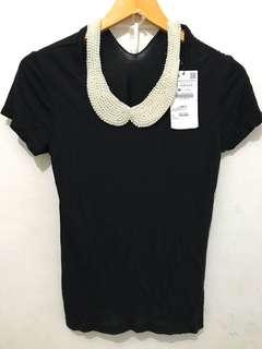 Zara Woman Top with Pearl