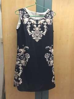 🚚 Black n white floral dress