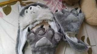 Wolf Hat & Gloves