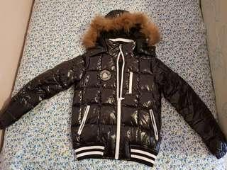 🚚 Black Winter Jacket with fur