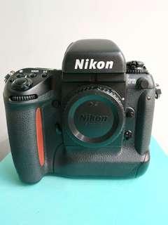 Nikon F5 Body in great condition