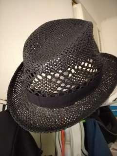 🚚 黑色編製帽