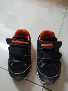🚚 Boys Shoes bubble gummers size 9