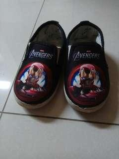 Iron Man shoes to bless