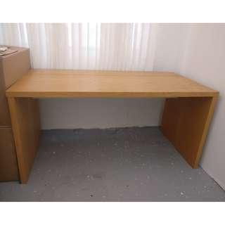 Wood desk with oak veneer