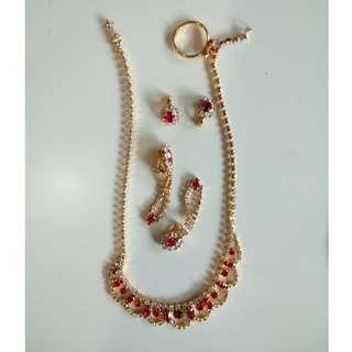 Accessories Set (Necklace + Earrings + Ring)