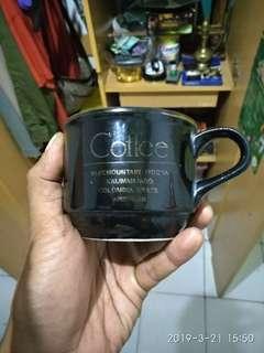 Cangkir penikmat kopi