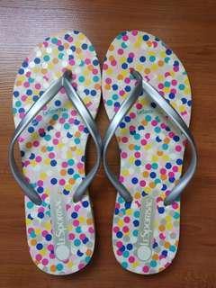 LeSportsac flip flops