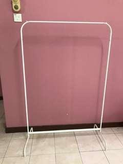 Best deal of clothes rack