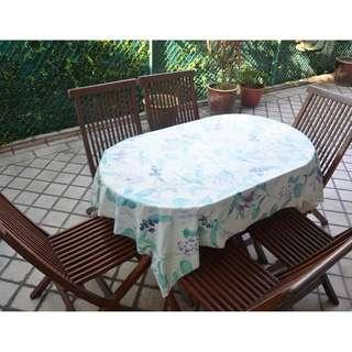 Garden table with 6 folder chairs