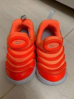 Adidas bb鞋