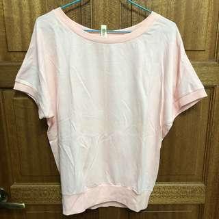 🚚 粉色個性蝴蝶袖上衣