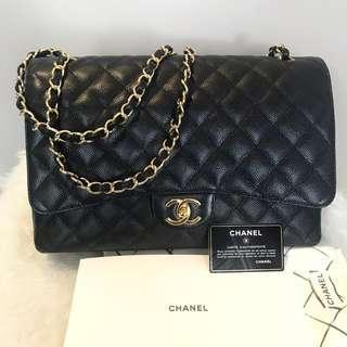 Chanel maxi caviar black ghw # 19