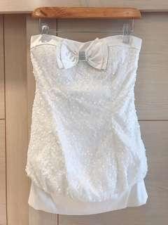 🚚 精品專櫃品牌 Magic Allure 水鑽露肩低胸性感小禮服/小洋裝(女)