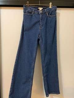 Mom jeans in blue wash (fits 10-12) NEW
