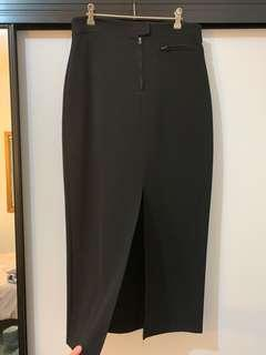 Black 3/4 pencil skirt w/front split (fits 10-14) WORN ONCE