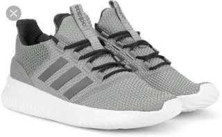 🚚 Adidas Shoes US10 Cloudfoam Ultimate