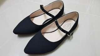 Black Pointed Heels Shoes