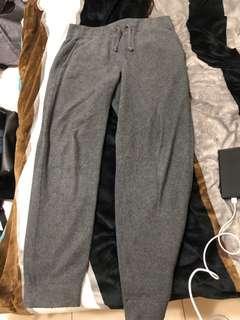 🚚 Uniqlo 棉褲