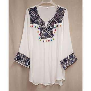 Summer Ethnic Top with Pom Pom details 民族風 鬆身 罩衫