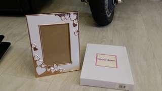"Precious Thots Aluminum Photo Frame Rose Gold - 4"" x 6""."